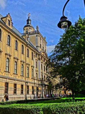 Budynek główny Uniwersytetu Wrocławskiego.