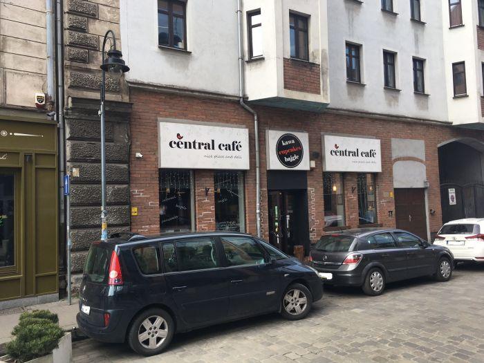 Central Cafe.
