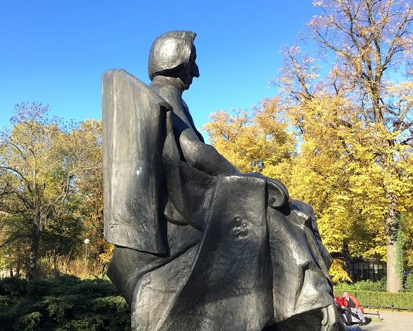 Pomnik Chopina.